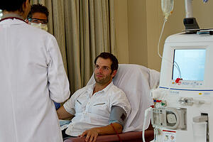 hemodialysis patient cannulation